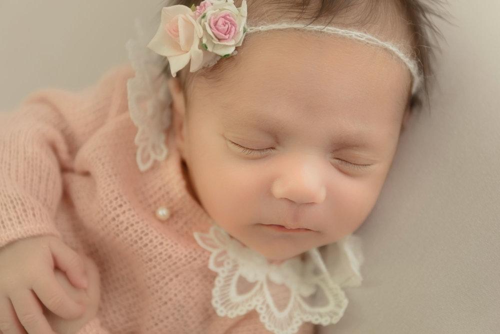 newborn-photography-london24.jpg