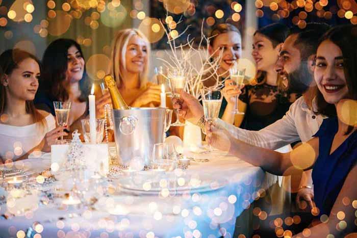Weihnachtsfeiern: Werden Bankett-Anfragen gut strukturiert, lässt sich der Aufwand massiv reduzieren. Wir verraten wie. (Bild: shutterstock)