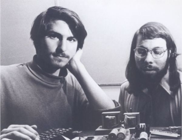 Co-founders-Steve-Jobs-and-Steve-Wozinak.jpg