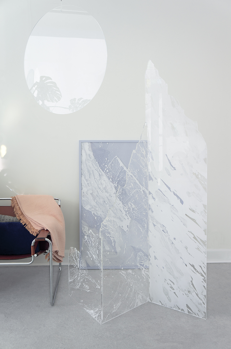 Room divider - This sculptural room divider is a part of a greater collection of artworks that thematises the idea of mountains as a means of meditation and a symbol of silence, challenge and consistency.