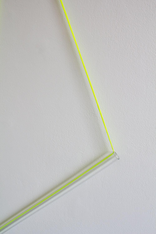 Kate_Terry_Fluorescent-Tube-Yellow_b.jpg