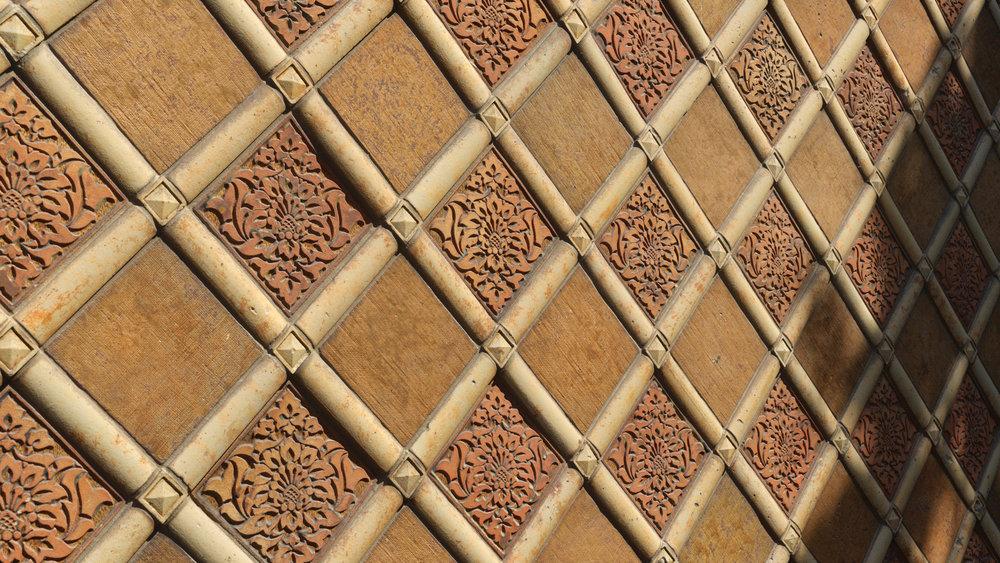 TexturesCom_Ornate_Wall_header3.jpg