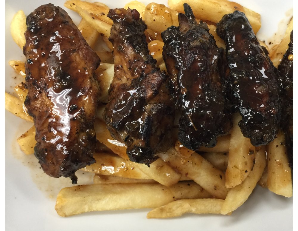 JERK WINGS AND FRIES
