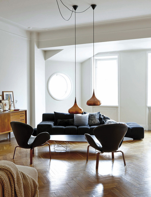 50s inspired livingroom