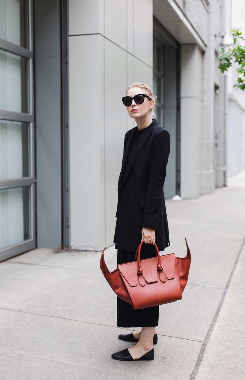 Céline bag + sunglasses