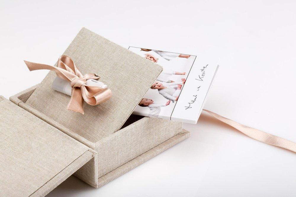 mini-book-box-Slider001.jpg