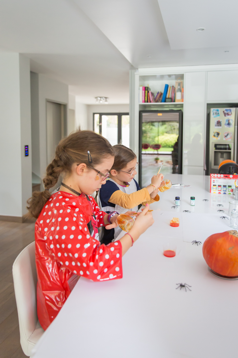seance lifestyle famille-halloween- sophie lottefier-6.jpg