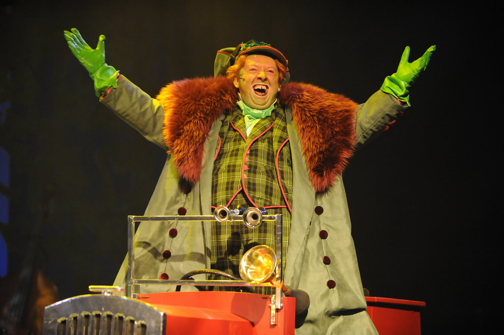 WIND IN THE WILLOWS - Derby Theatre UK