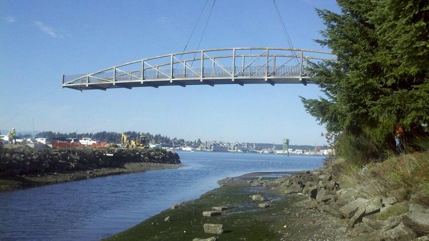Black Jack Creek Bridge Placement 1.jpg