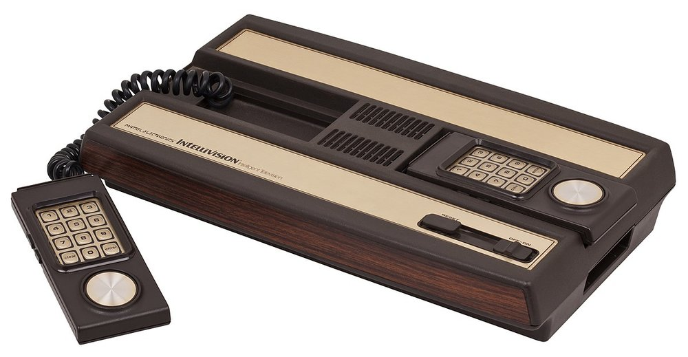 1200px-Intellivision-Console-Set.jpg