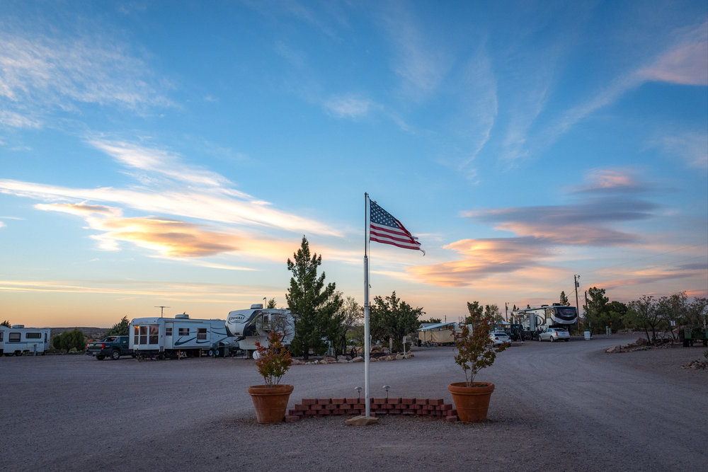 flag_elephant_butte_2.JPG
