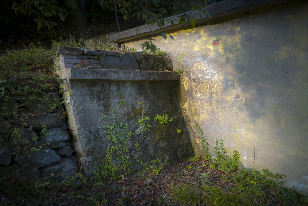 angled_wall_1610_2.JPG