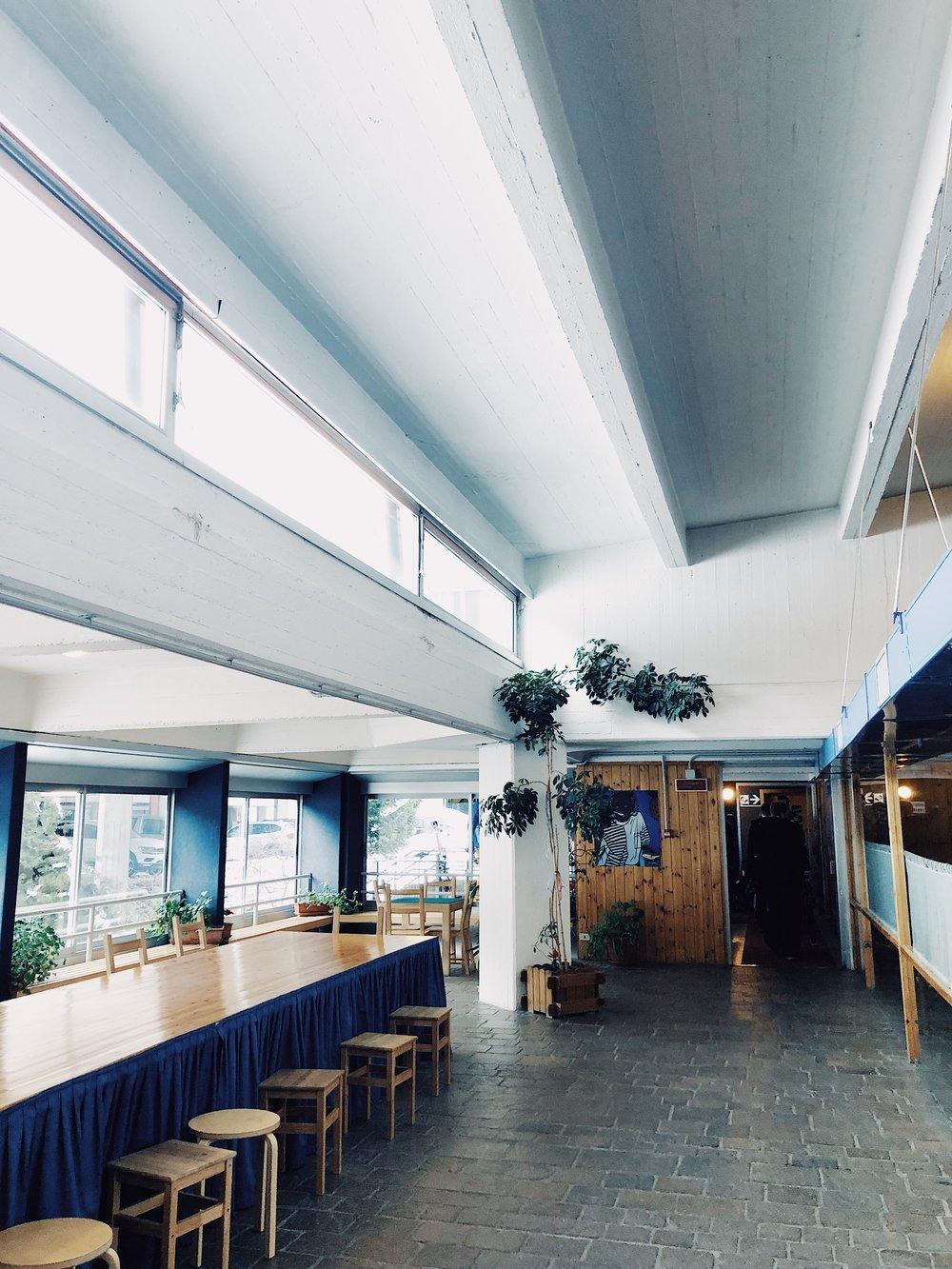 Hotelowa stołówka w Marileva 1400 <3