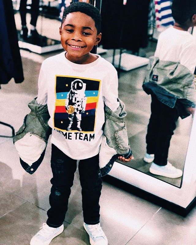 This kid has the biggest debates (sometimes tantrums) about what he wants to wear!!! I try super hard to accommodate his choice of expression through #fashion; but sometimes I have to step in and say dude we not going out in public like this today 😩😂! Yesterday on #NewYearsDay Mommy got the wardrobe win! He loved his fit so much that when I asked him for a pic he was front and center! He even check the pic after and was like wait do it again you can't see my shirt (hence the pose) 😂! Posting this pic made me realize he is his own little person and he too has likes and dislikes. I remebe being and kid and being sooooo mad about the clothes my grandma forced me wear and to think back on that and realize like damn I make my kid feel the same way sometimes isn't cool. 😩 Sometimes parenting is about compromise and that's never a bad thing and even better it shows them that their feelings to being heard. #kidsfashion #kidsstreetwear #converse #DKNY #OldNavy #childrensplace
