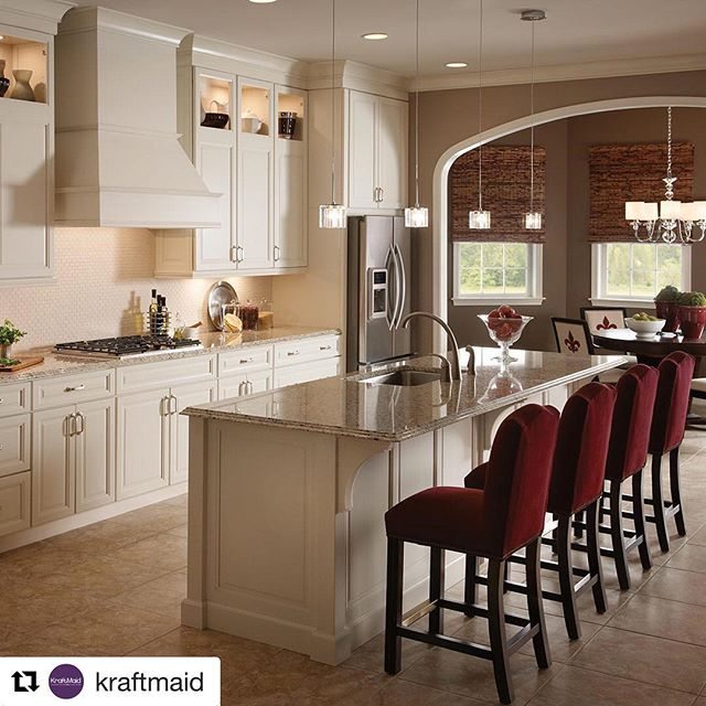 It's fun to dream, but even better to do. Whether you're just getting started or ready to order, your dream kitchen isn't far away. Visit @totalkitchenoutfitters today to get started!  #homestyle #cabinets #kitchenlife #howyouhome #mystyle #Repost @kraftmaid