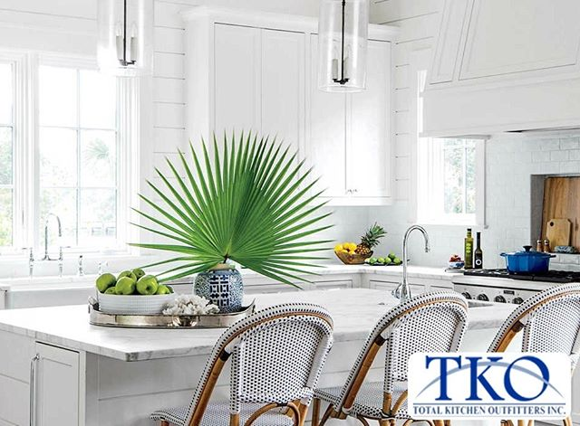 Total Kitchen Outfitters is proud to offer an extensive selection of quality materials that will complement whatever design you are trying to achieve. From blue collar to silk stocking, we have the ideal solution for you and your project. (link in bio)