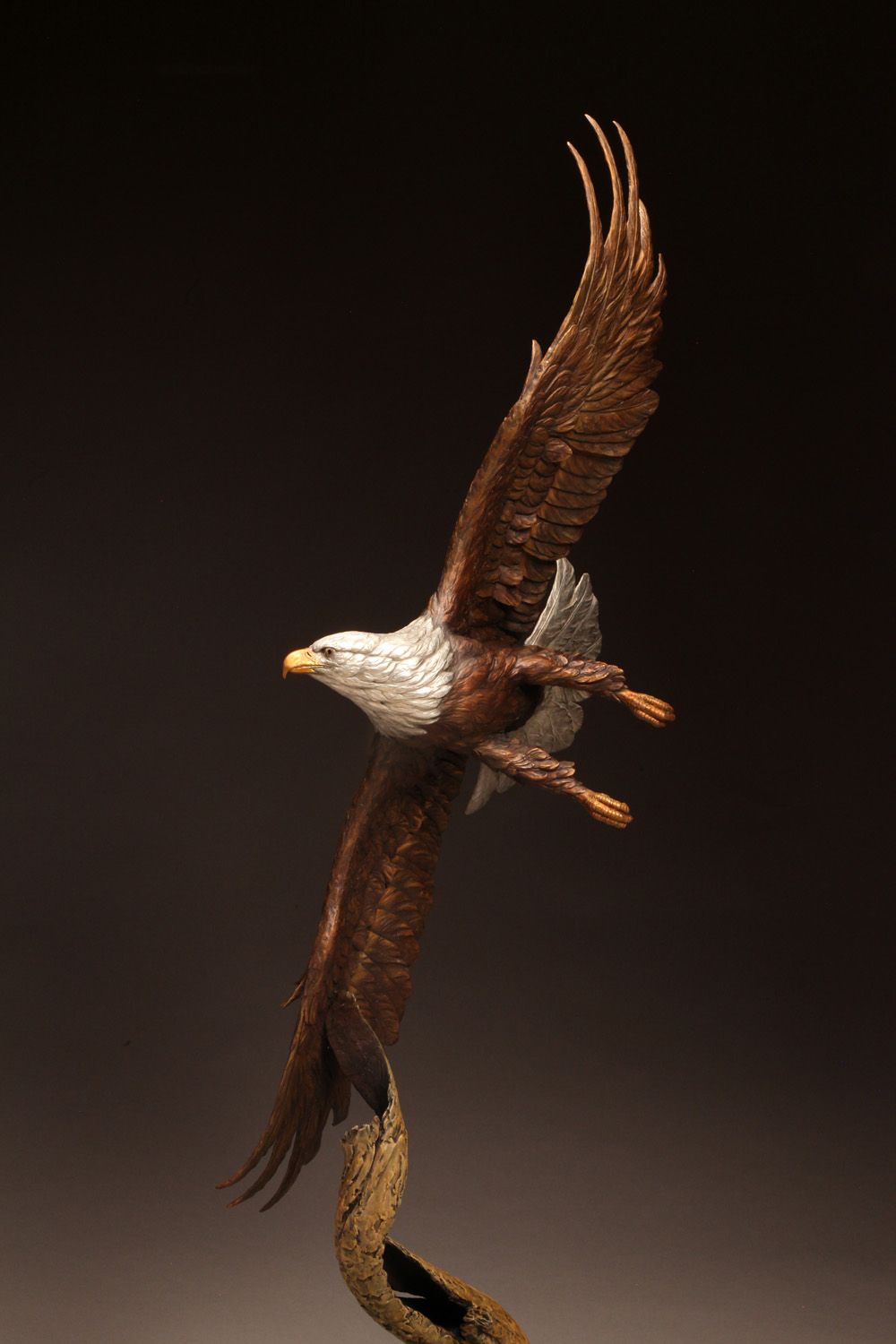 "Soaring Majesty |52"" x 19"" x 18""