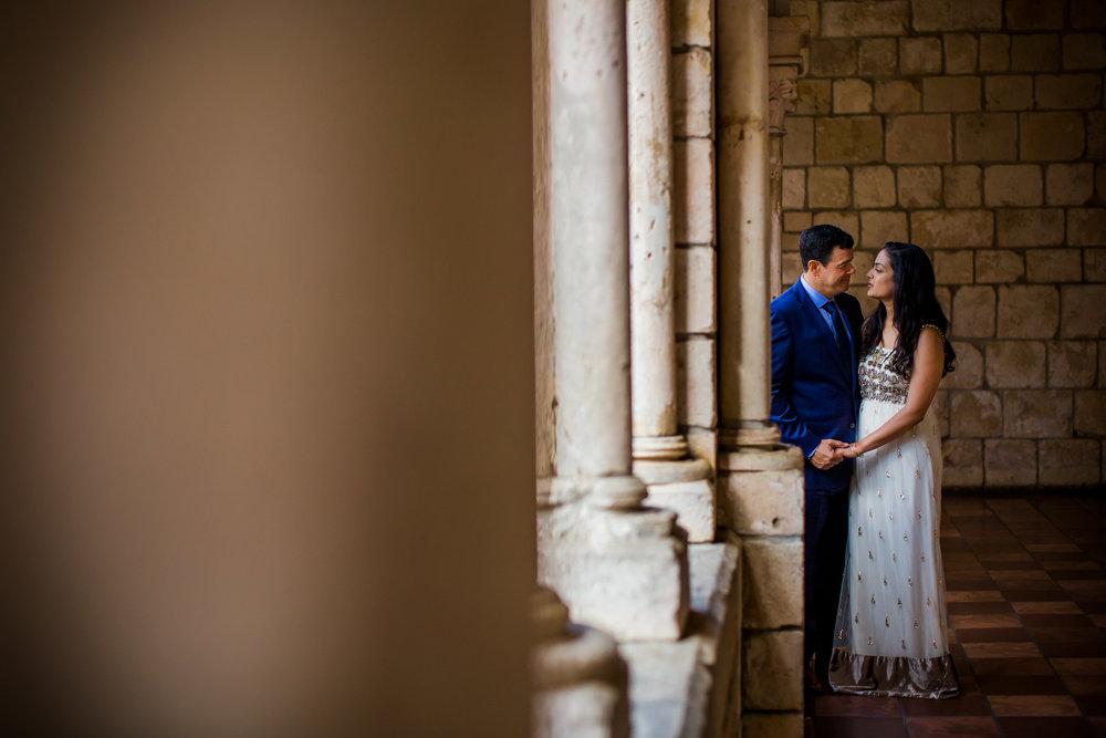 international-wedding-photographer-bride-groom-miami-intimate.jpg