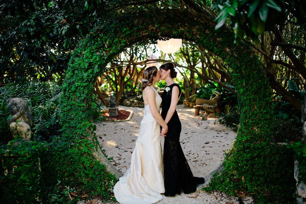redlands-miami-wedding-brides-florida-photographer-2.jpg