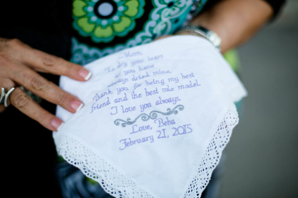 details_emboidery_wedding_tiny_house_photo.jpg