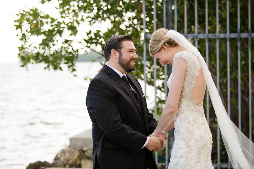 best_couple_authentic_wedding_happy_love.jpg