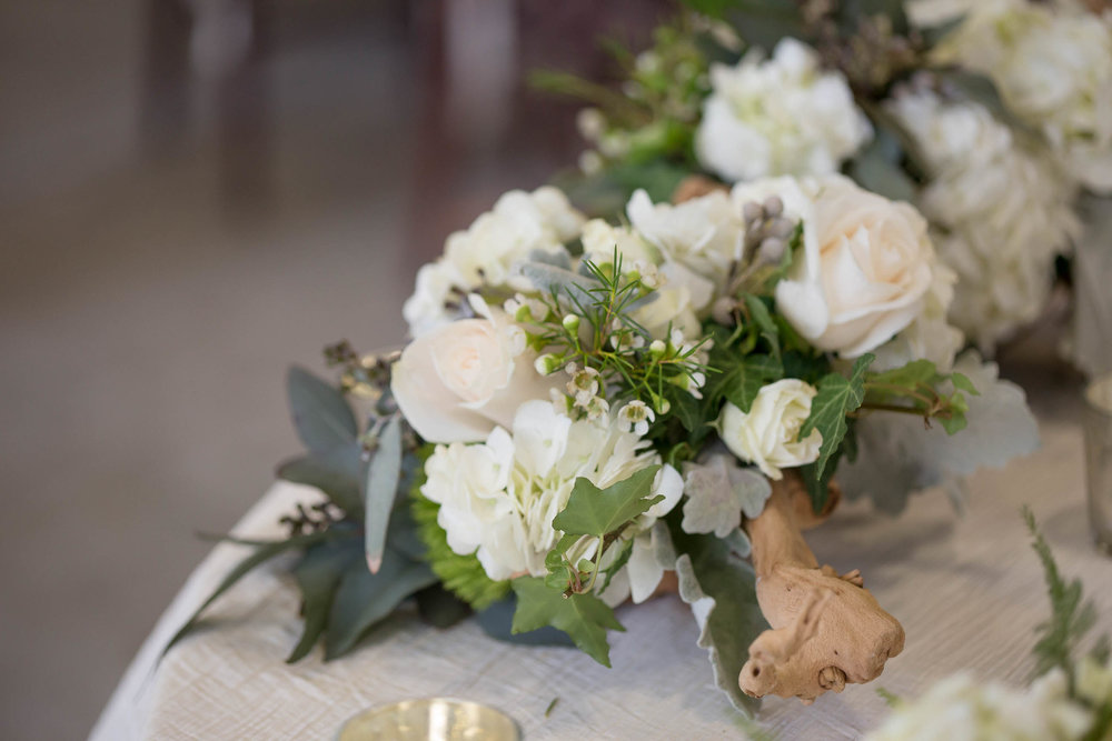 flowes_wedding_tiny_house_photo_destination_photographer.jpg