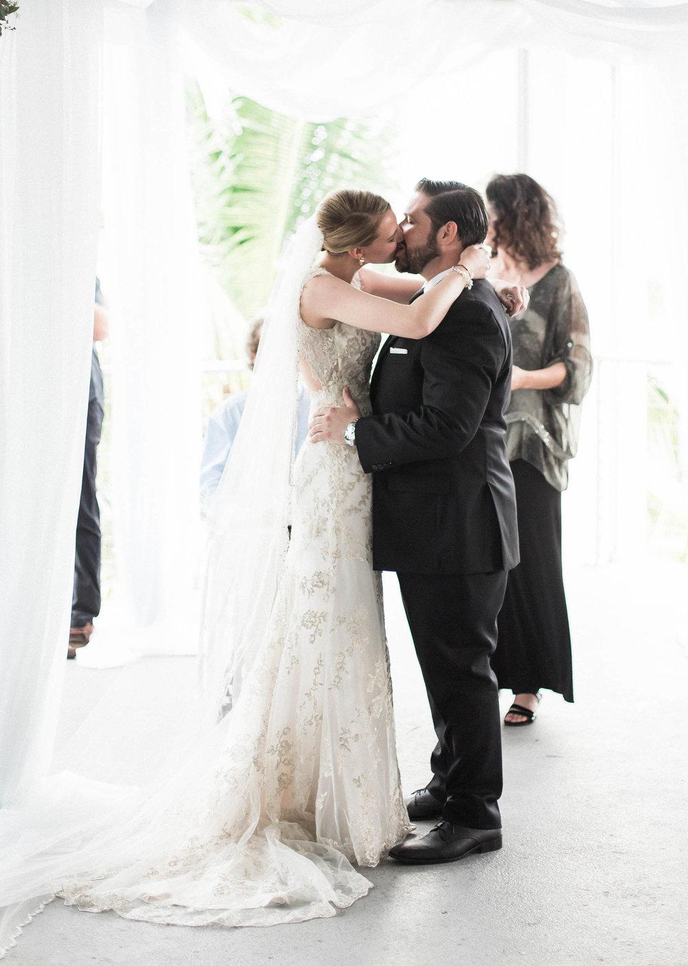 kiss_the_bride_miami_wedding_tiny_house_photo.jpg