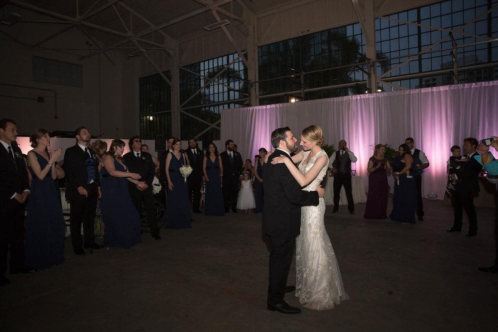 shake_a_leg_first_dance_wedding_tiny_house_photo.jpg