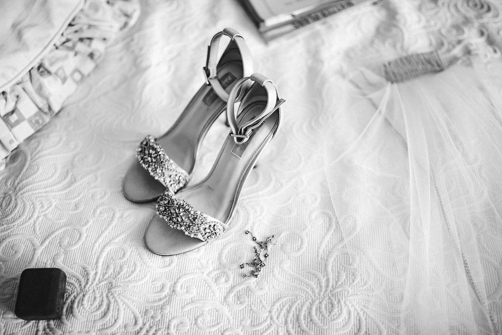 bride-shoes-black-and-white-veil-wedding-tiny-house-photo.jpg