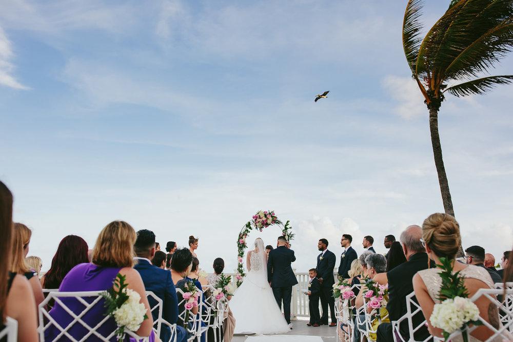 beautiful-beach-wedding-florida-tiny-house-photo.jpg