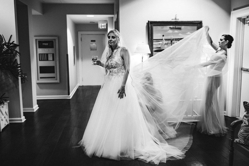 bride-moment-wedding-photojournalism-tiny-house-photo-documentary-weddings.jpg