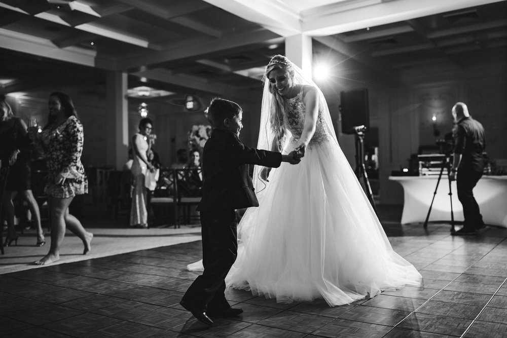 bride-son-dance-black-and-white-wedding-photography-tiny-house-photo.jpg