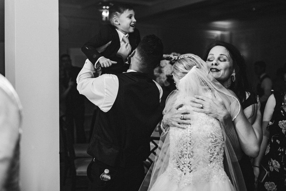 emotion-wedding-reception-embrace-tiny-house-photo.jpg