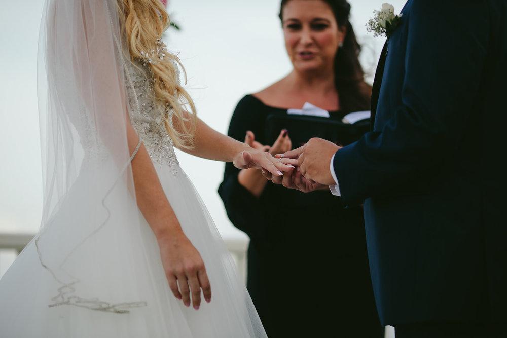 he-put-a-ring-on-it-tiny-house-photo-florida-weddings.jpg