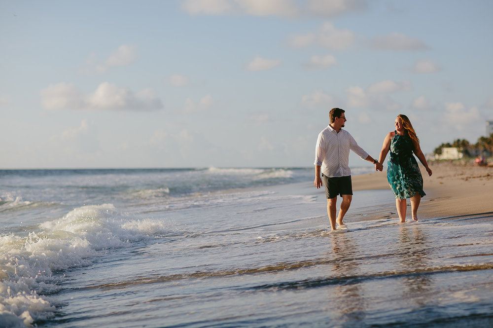 florida-beach-wedding-photographer-tiny-house-photo.jpg