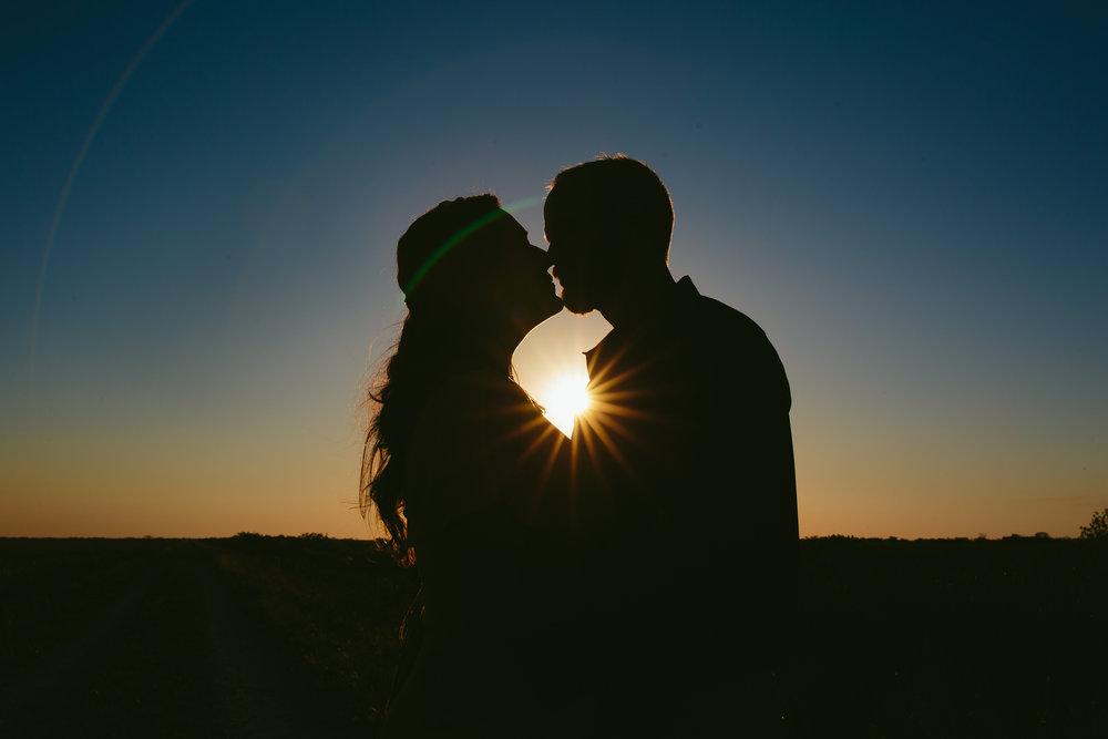 sunset-everglades-engagement-session-steph-lynn-photo-1.jpg