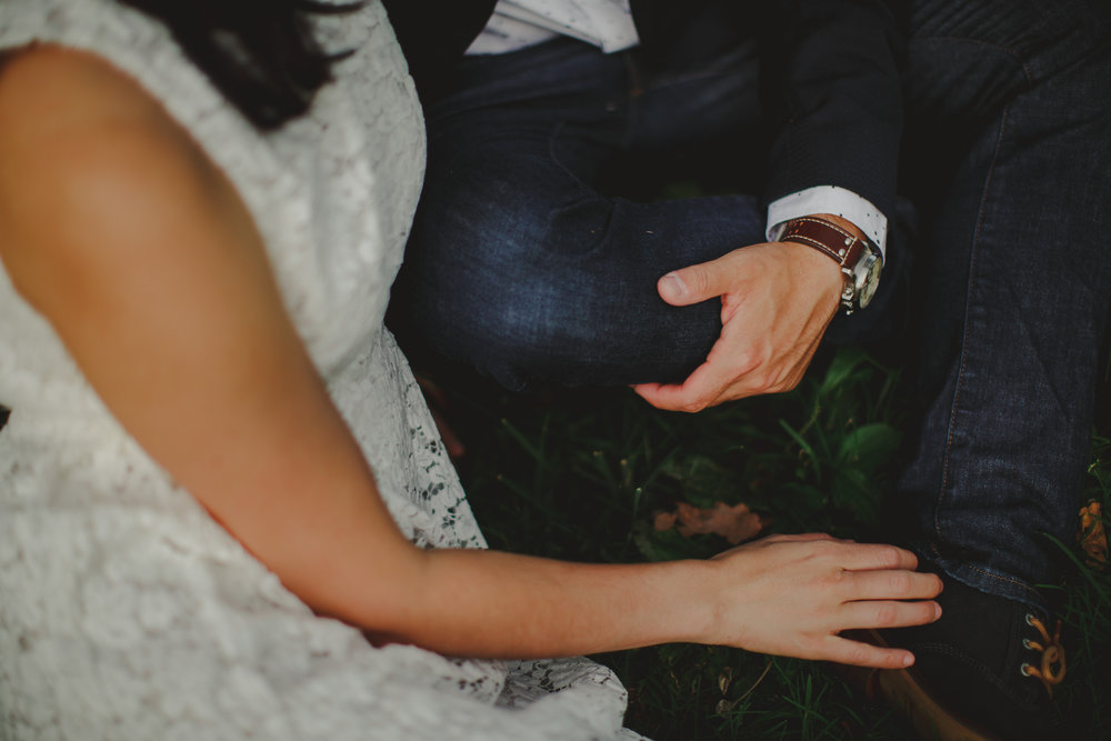seattle_wedding_engagement_elopement_photographer_tiny_house_photo_documentary.jpg
