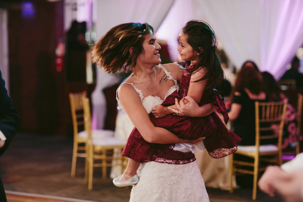 fun_wedding_moments_tiny_house_photo.jpg