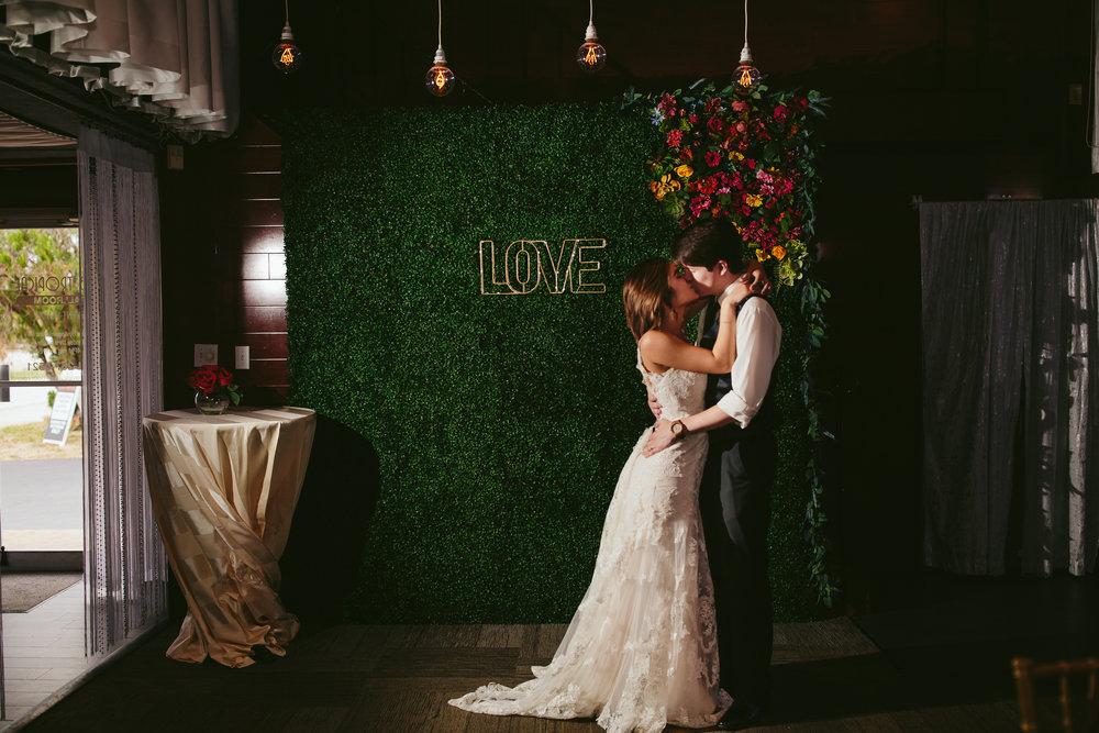 love_kiss_bride_groom_portraits_tiny_house_photo_miami_wedding.jpg