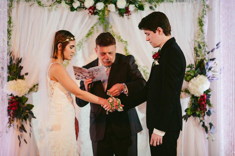 tie_the_knot_celtic_wedding_traditions_tiny_house_photo_miami.jpg
