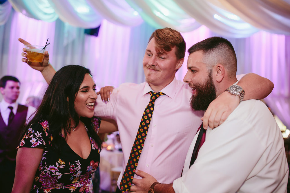 wedding_reception_moments_tiny_house_photo.jpg