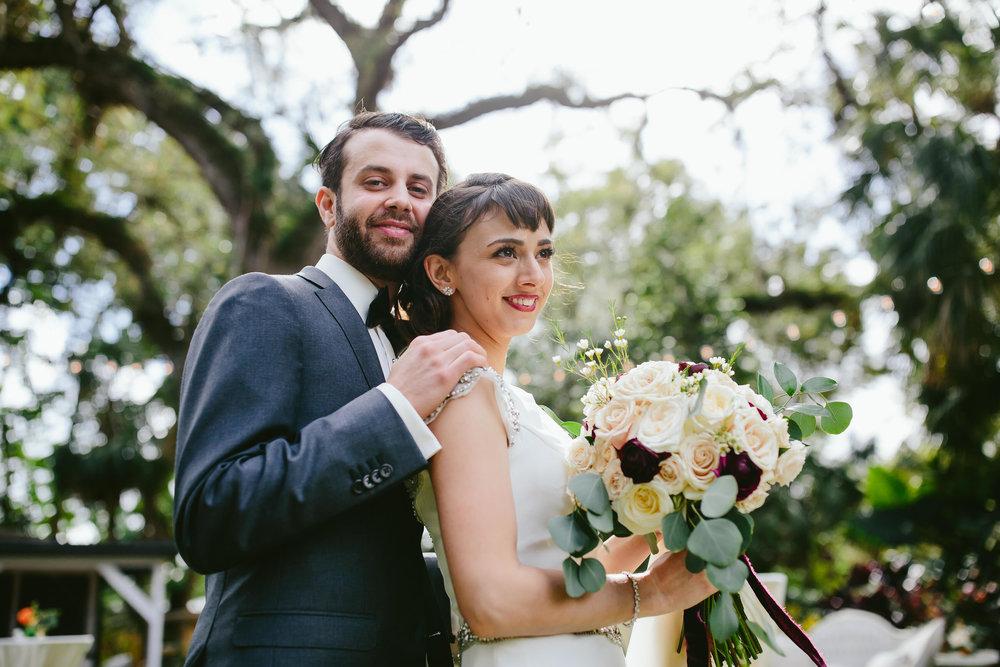adventerous-couples-wedding-photography-tiny-house-photo.jpg