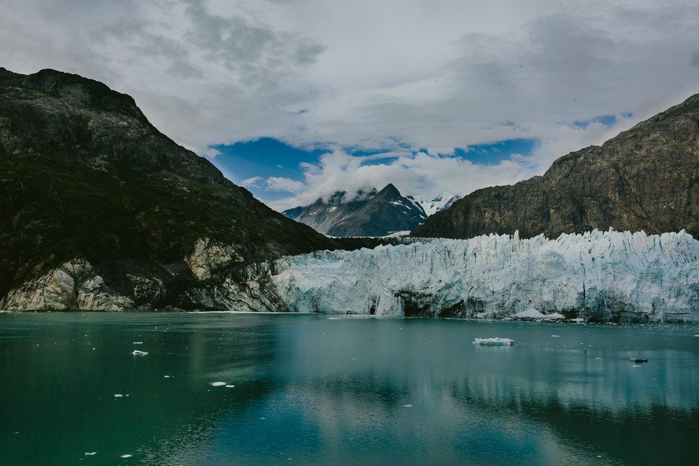 color_glaciers_glacier_bay_tiny_house_photo_nature_photography-1.jpg