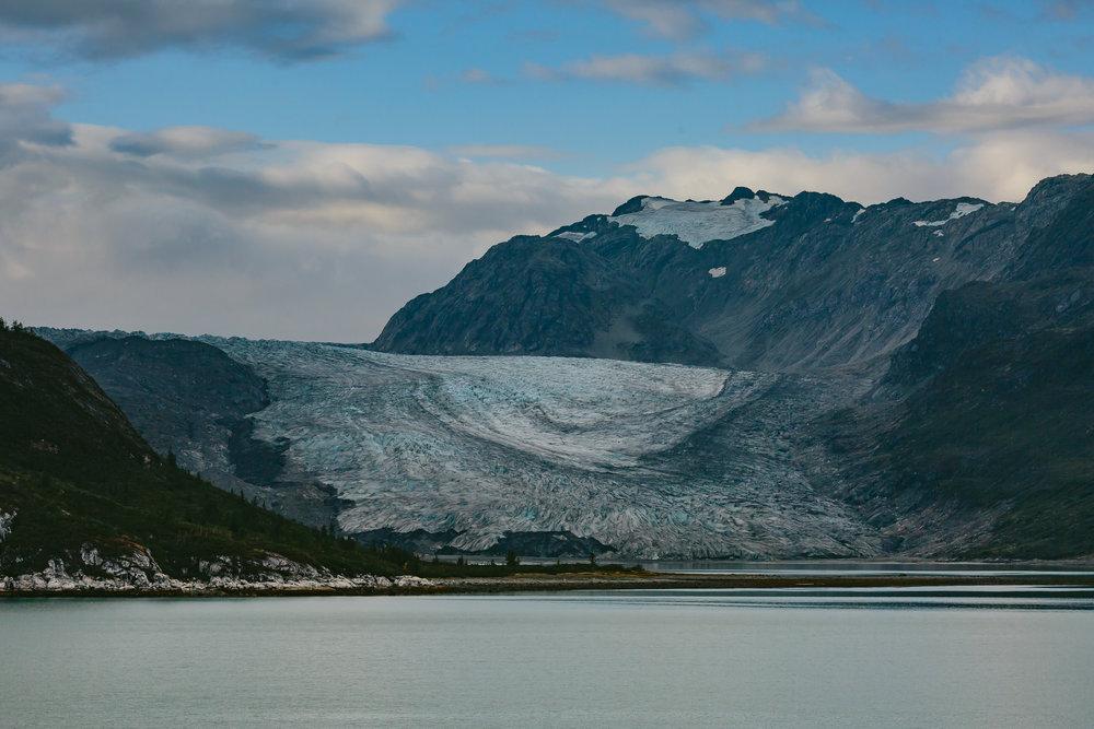 glaciers_glacier_bay_tiny_house_photo_travel-1.jpg