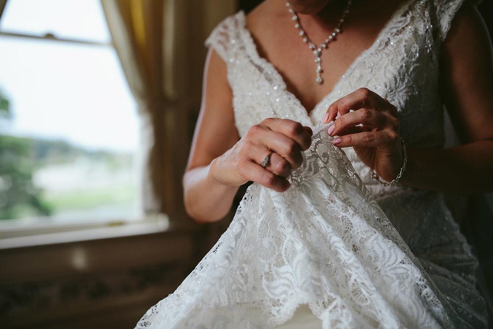 orange-county-wedding-photographer-bride-moody-expressive.jpg