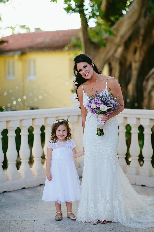 bride_flower_girl_portrait_tiny_house_photo_addison_wedding.jpg