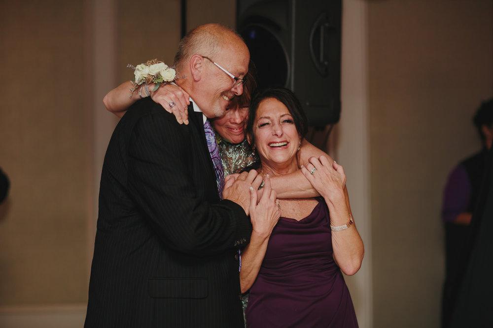 emotional_moments_wedding_photography_destination_travel_photographer_stephanie_lynn_tiny_house_photo.jpg