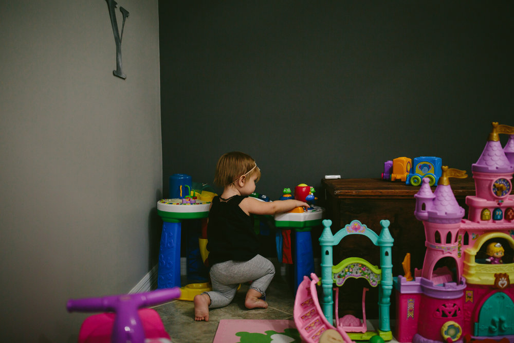 toddler-day-in-the-life-south-florida-family-photographer-tiny-house-photo-34.jpg