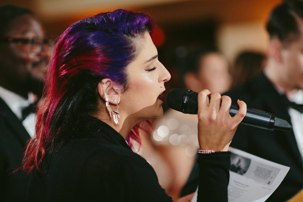bridesmaid_singing_moments_reception_wedding_photography_tiny_house_photo.jpg