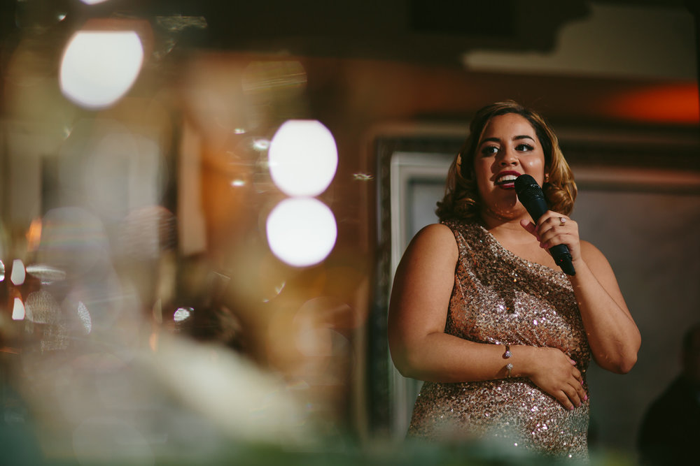 bridesmaid_speech_tiny_house_photo_stephanie_lynn_studios_weddings.jpg
